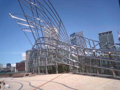 国立国際美術館は祝日明けで休みでした(;_;)もうがっかり。悔しいから