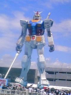 @TMR15 うわ〜健診がんばってください(>人<)今静岡でガンダム見て来まし
