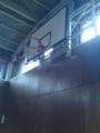 只今ど迫力バスケット観戦中wwwコートの端が殆ど壁だからボール来