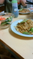 夫夕飯不要とのことで、きょうは焼そばと生野菜だけー!やっきやき。
