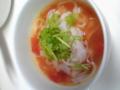 トマトフォー 鍋に残ったトマト煮にチキンスープ足してとナンプラー