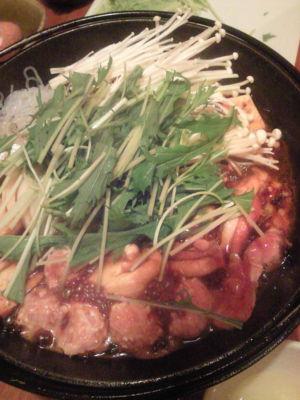 今日ははネイリストの高野尚子さんとの食事会。すきやきでまった り