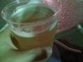 ドイツビールなどを出す屋台でクロンバッハピルスとやらを
