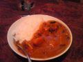 夕飯はかぼちゃのカレー。バーモンドカレー甘口。家で食べるカレーは