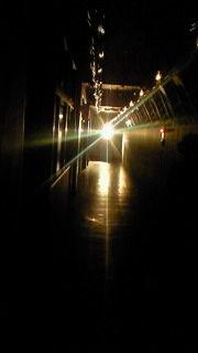 暗闇の館内なのでこれぐらいしか携帯に撮れませんでしたが、インパク