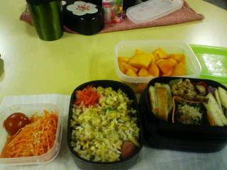 お弁当 ゴボウ天に柚子胡椒とカボス、さつま芋レモン煮、ほうれんそ