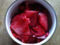 きました。赤カブの梅酢和え。