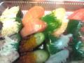 ただいま〜今日の夕飯は…回転寿司の持ち帰り〜www海無し県は回転