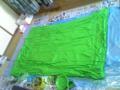 いらない布団を塗った。うまく行くかな…合評こわ;今から乾かそう