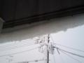 大体始めの雪は挨拶程度なのに、今年は屋根雪が落ちるほどガッツリ