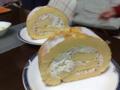 退院祝い シュターンのロールケーキです。