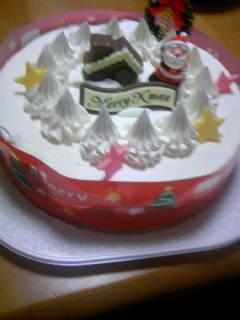 兄が会社から貰ってきたケーキ。俺は生クリームが苦手なので食べれま