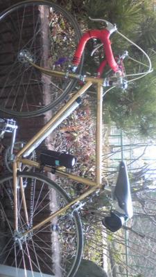 尼崎から三時間かけて来られたお客さんの自転車。四十年間消耗品以外