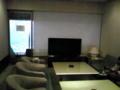 東京ドームのボックス席に付随する応接室みたいな部屋の写真