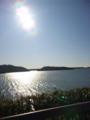 現在地浜名湖。逆光でどう写ってるのやら。
