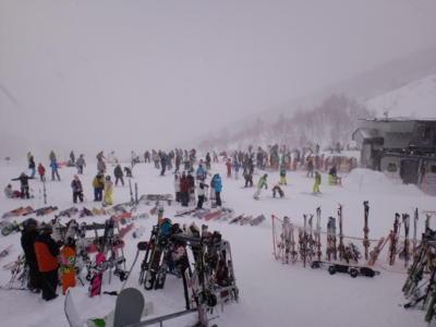 川場スキー場@群馬県。ちょっと吹雪いてが、パウダースノーでよかっ