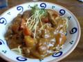 鈴鹿でランチちぅ ビーフカレースパ煮込まれたビーフが絶品です