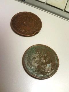 何これ古墳から出土したの?なんで20円ともこんな釣銭…or2 思わず宅