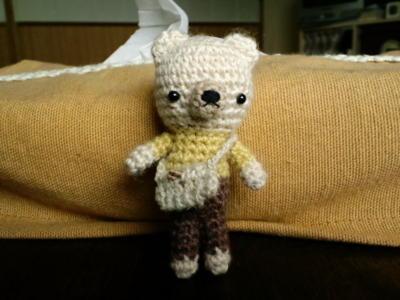 チビチビくまちゃんにポシェットを編んであげました(≧∇≦)良くでき
