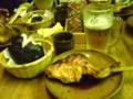 山口県の食事&ドライブで有名な山賊なう。(^^)鳥ももを甘辛く焼いた