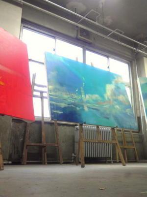@hakumaihakumai こっそりとチラみせ… いまP100を三枚連作で描いてます( ^ω^