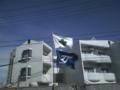 [六丁の目]賃貸マンション現場は引き続き基礎工事中です。いい天気ですが風が強