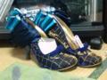 結婚式出席用に靴だしてきて型くずれ直し中。これ他に履く機会あんの