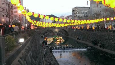 夕暮れ時の眼鏡橋。