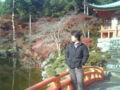 近藤カメラマン(T・K)を撮影地、醍醐三宝院で激写。