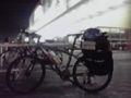 自宅から20km地点のイオンにいる。モンベルにて自転車用サイドバッグ