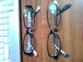 新旧眼鏡。前が旧で後ろが新しいの。両方裏側に模様があるのぜ!