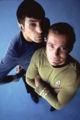このかっこいい2ショットを探すために「kirk spock」でGoogle画像検索し
