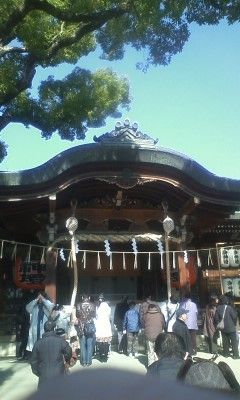 東大阪の石切神社へ来ました。御百度詣りが有名なのでしょうか?凄い