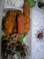 帰宅なう。ほっかほっか亭、豚しょうが焼スペシャル弁当なう。 #oyajibu