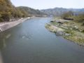 自転車で、秩父から北千住へ荒川下り中。現在地点、栗谷瀬橋。