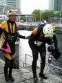 日本丸の浮かぶ海でSRの水難救助デモンストレーション見学。かっこい