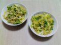 初めて一人で料理を作りました。塩焼きそば。まあまあ美味しかったん