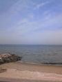 おはよーございます(^0^)/ 自宅から50メートルの 今日の海です。