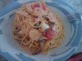 トマトカルボナーラ。結構美味い。