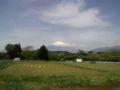 R246菅沼交差点のセブンなう。ここまで向かい風でマイった。でも富士