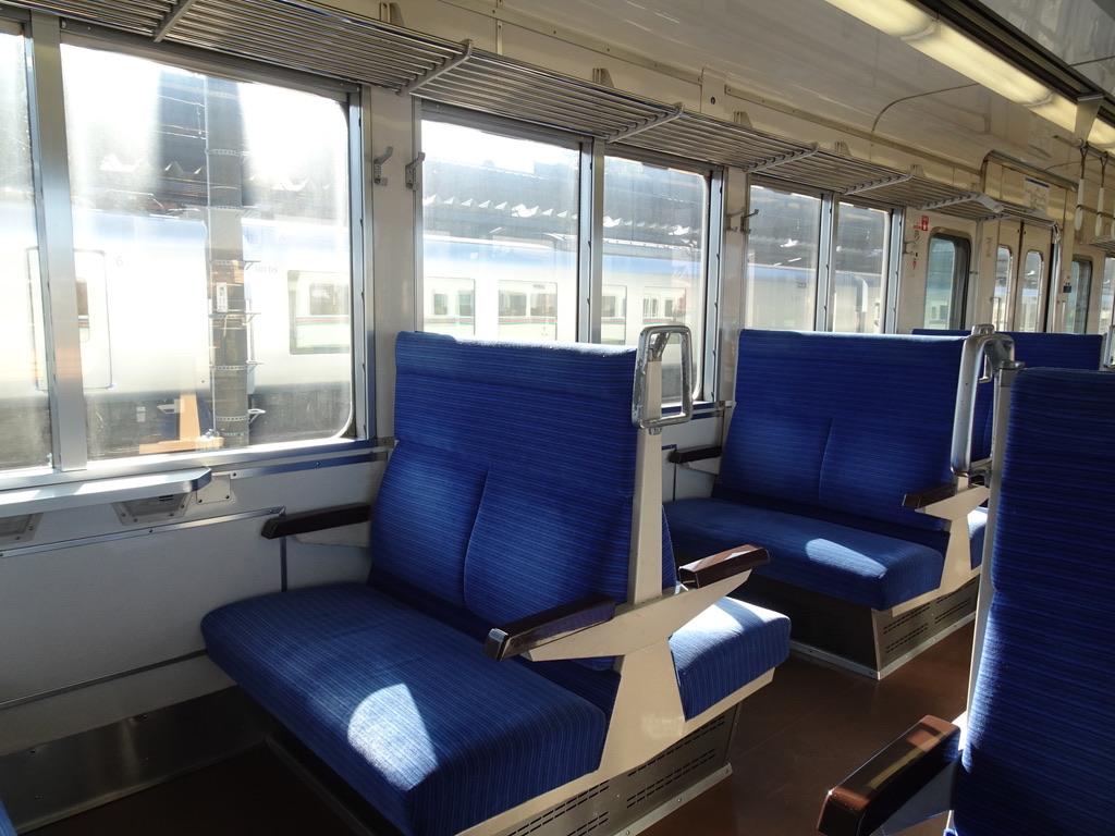西武秩父駅発車時点での4000系三峰口行き車内