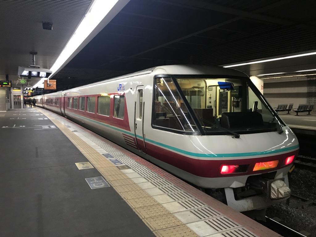 岡山駅3番線に到着したやくも22号(2020/2/16)