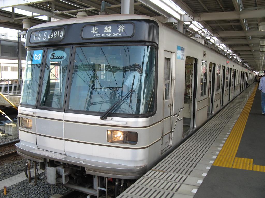 終点北越谷駅に到着した東京メトロ日比谷線03-115F(2007/5/26)