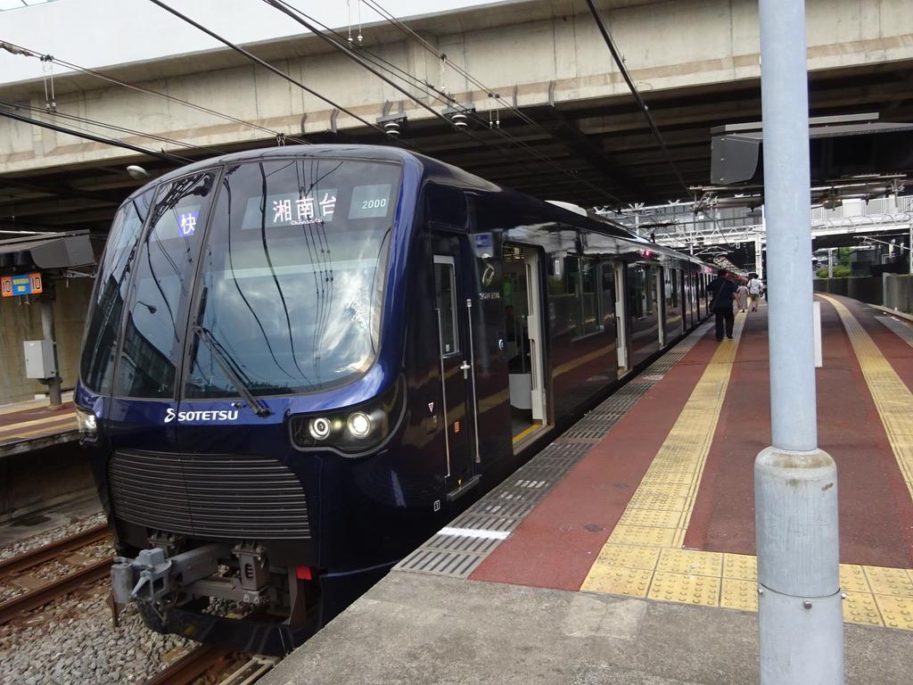 将来的に東急線に直通する車両となる相鉄20000系20101F(2019/7/28) JR直通開始前日に踏切事故で運用を離脱するも、先日無事復帰したとのこと