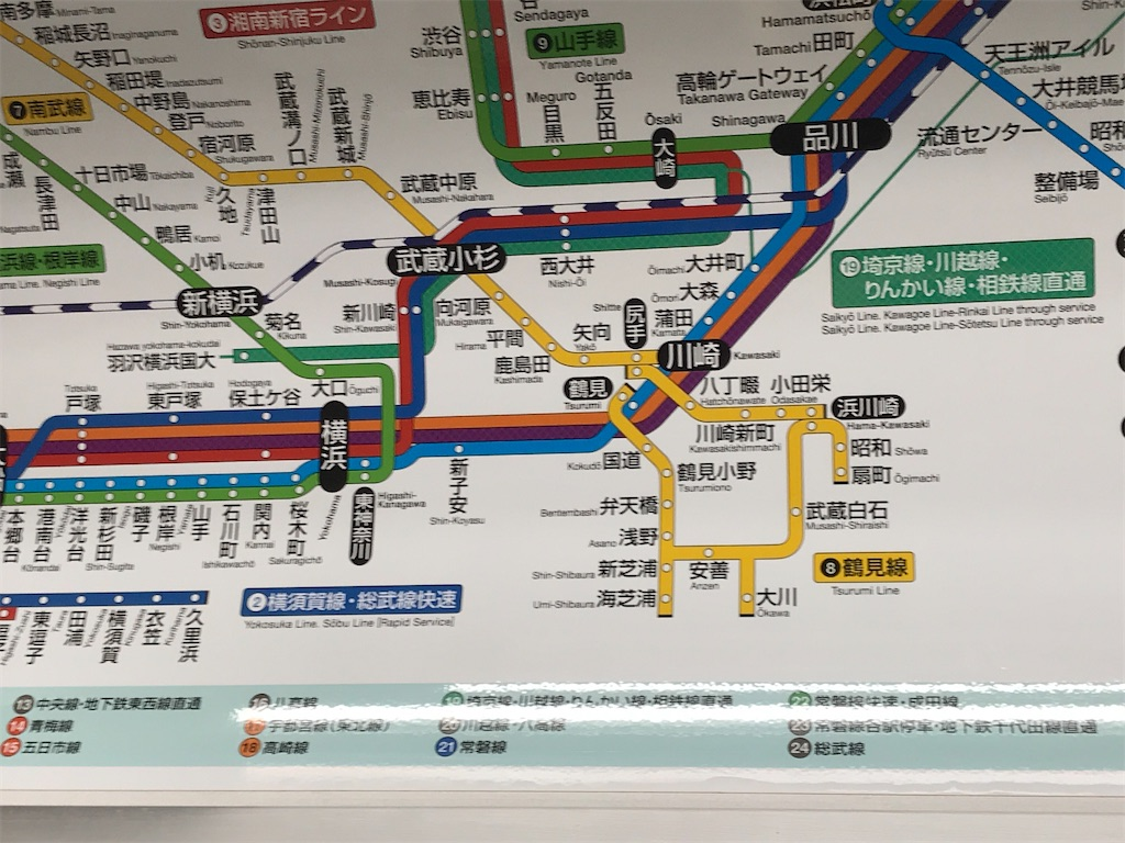 車内の路線図:海芝浦駅は鶴見線の分岐先で最も西側にある