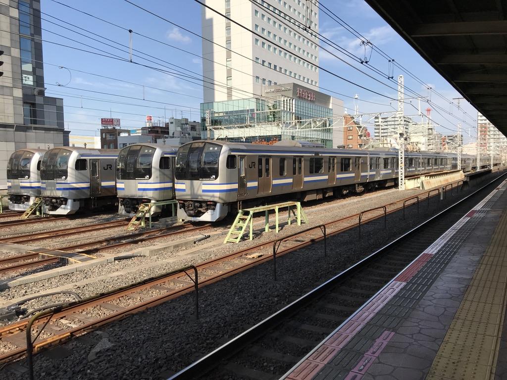 錦糸町駅横に留置されていたE217系11両編成×4本(2020/9/21)