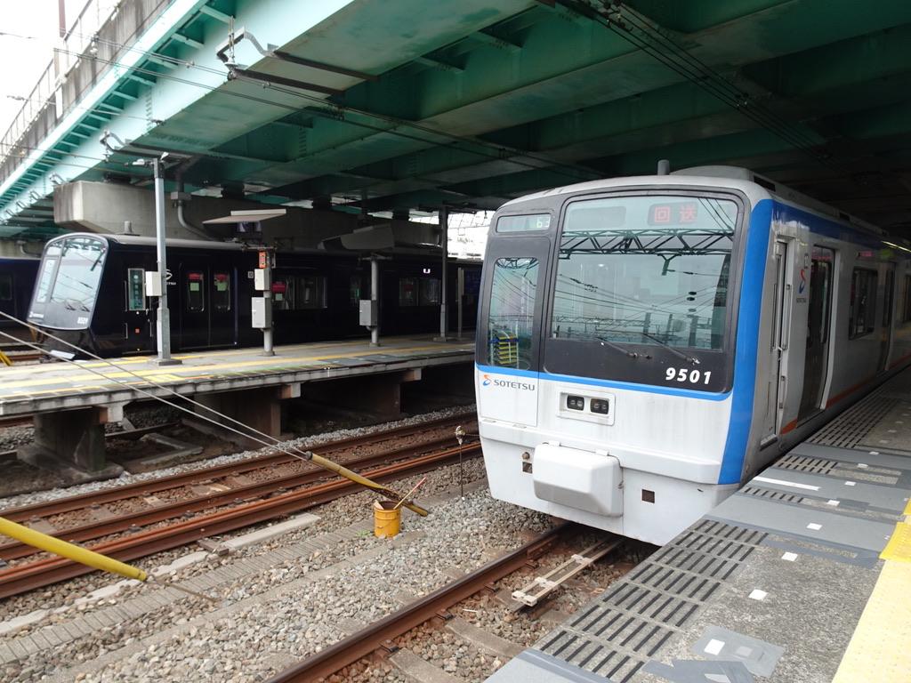 「回送」表示は種別幕側に@かしわ台駅(2020/9/22)
