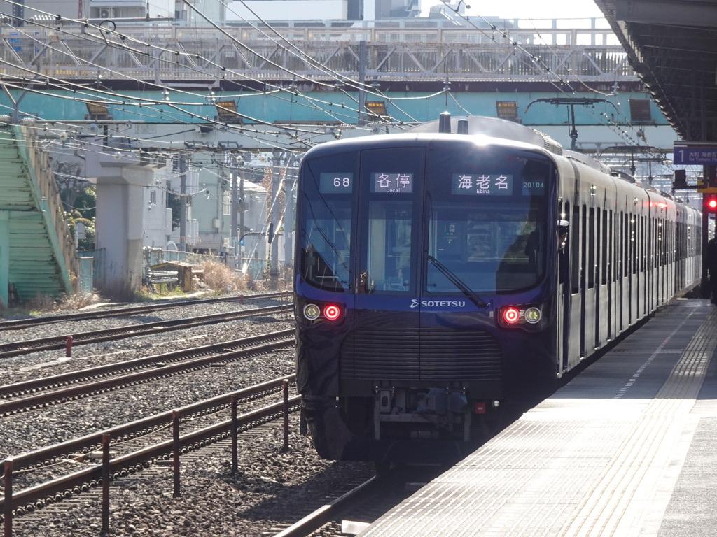 平沼橋駅を発車した20105F各駅停車海老名行き(2021/2/28)