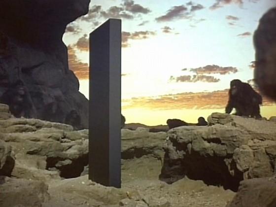 「2001年宇宙の旅 モノリス 猿」の画像検索結果