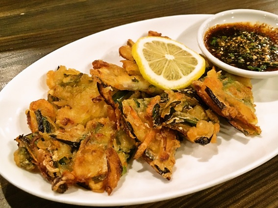 焼肉韓国料理 白虎児(ペットラジ)のテイクアウトメニュー「チヂミ」の写真
